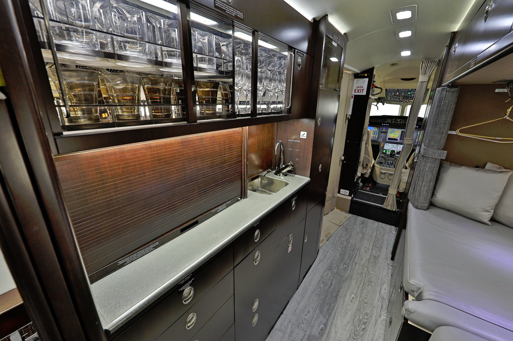 Cabin preview showing cockpit and mini bar