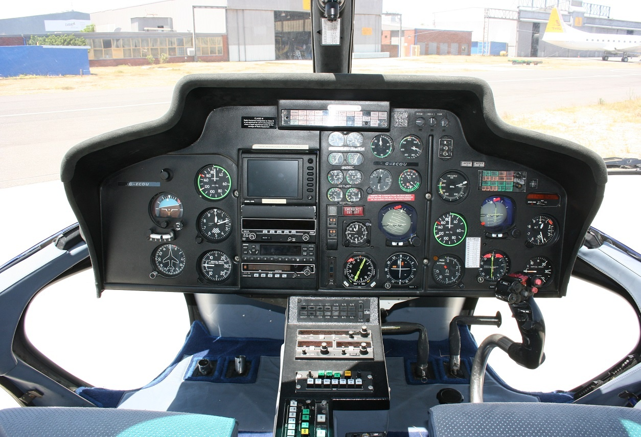 Cockpit of the 1990 Eurocopter AS355-F2 S/N 5464 helicopter on Freestream